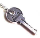 Necklace Key Round Silver - Budget Line