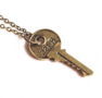 Necklace Key Round Gold